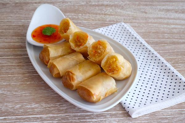 Poh Pia Tod (Thai Spring Rolls)